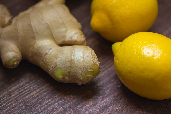 Lemon and Ginger How To Properly Do A Juice Cleanse