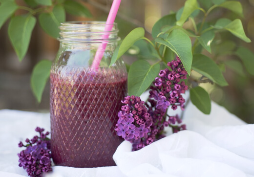 Beetroot juice provides a host of essential vitamins, minerals, and other nutrients necessary for optimal health